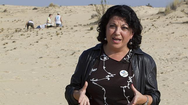 La Junta cesa de tapadillo a la mujer del exconsejero Antonio Fernández