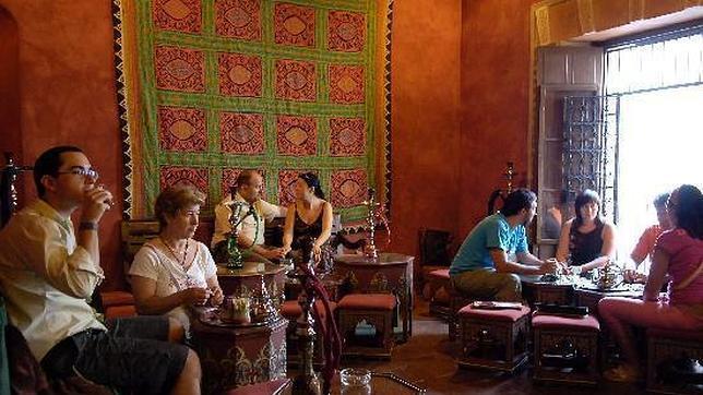Salón del té del restaurante Hamman, en Córdoba