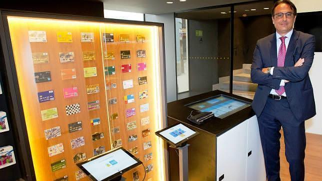 Caixabank abre su oficina m s se era en pleno centro de m laga for Horario oficina correos malaga