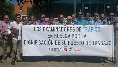 La huelga de examinadores amenaza el despegue económico de las autoescuelas sevillanas