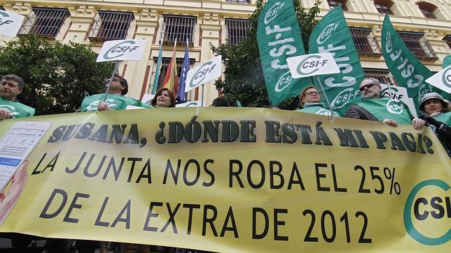 El PP dice a la Junta que «dinero hay» para pagar la extra a los funcionarios