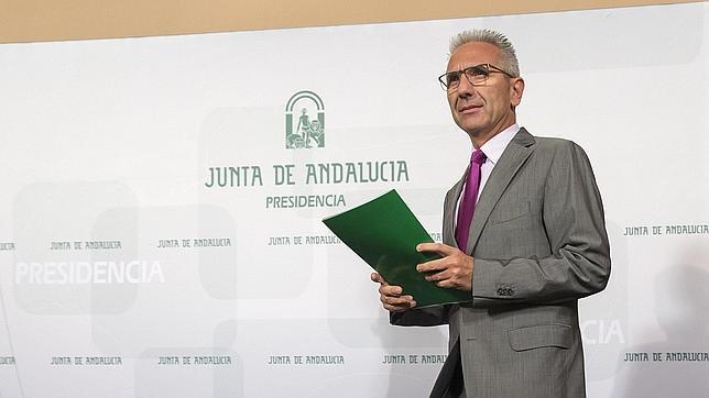 La Junta sugiere que el concurso de traslados será tras las oposiciones