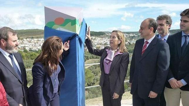 La ministra de Fomento ya inauguró el tramo Ibros-Úbeda en 2012