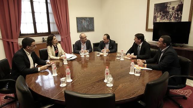 ¿Qué empresas públicas van a suprimir el PSOE y Ciudadanos?