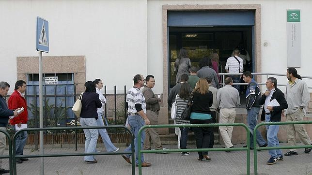 El plan nini del servicio andaluz de empleo ni orienta for Oficina sae cordoba