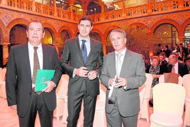 Los responsables de IPE y MAR Real Estate en Córdoba en la presentación ayer del estudio