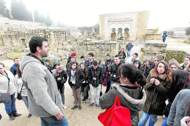 Visitas guiadas al yacimiento arqueológico de Medina Azahara