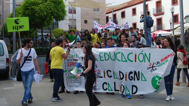 Manifestación de estudiantes en Dos Hermanas