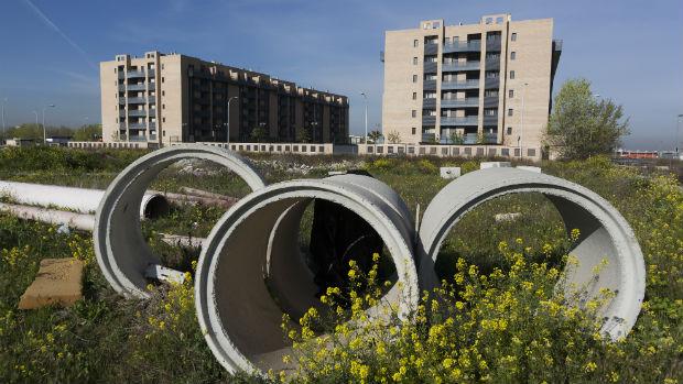 Paraje sin urbanizar junto al residencial Ciudad de la Luz