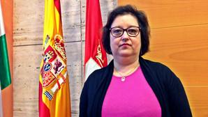Carmen Espada se estrena como portavoz del PP en Dos Hermanas
