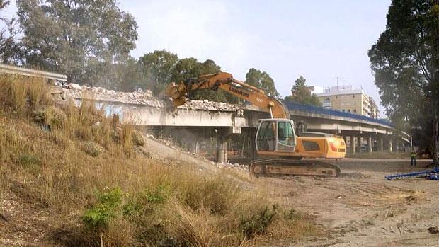 Inicio de las obras de la demolicción del viaducto