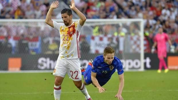 Nolito, durante un partido con la selección española.