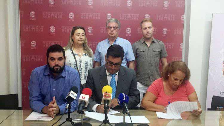 La asociación utrerana ha firmado un convenio con el Ayuntamiento