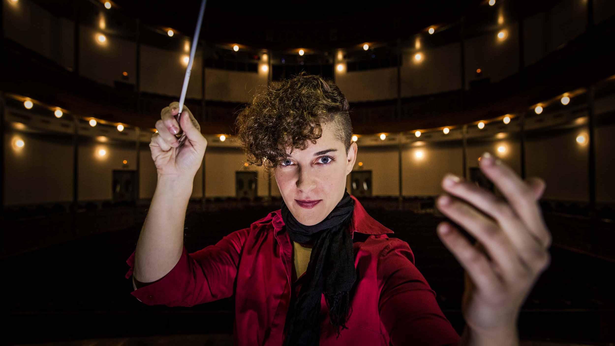 La utrerana Marina Ramos es directora de orquesta desde que tiene 21 años