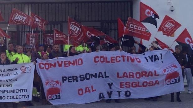 Los trabajadores municipales durante una de las concentraciones-ABC