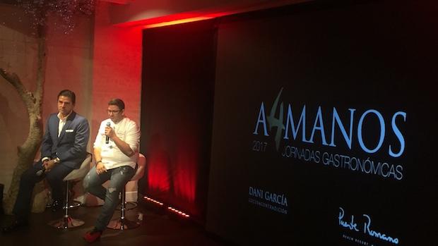 Dani García y Jorge Manzur, director de Puente Romano durante la presentación
