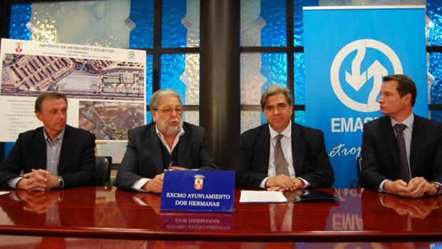 Firma del contrato de obra en el Ayuntamiento / L.M.