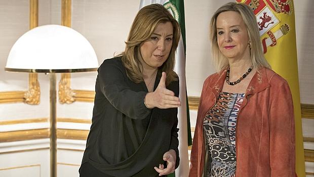 Susana Díaz recibió este lunes a la nueva fiscal jefe en Andalucía, Ana Tárrago. / EFE