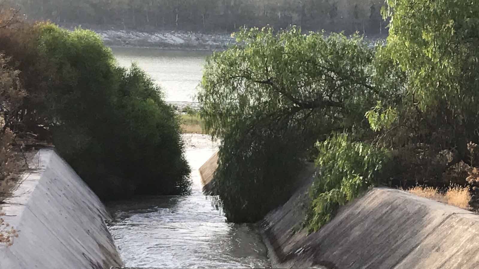 El agua ha vuelto al pantano Torre del Águila, que estaba al 3,3% de su capacidad