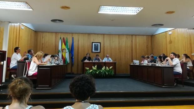 El Pleno del Ayuntamiento de Mairena del Aljarafe ha aprobado los dos festivos locales