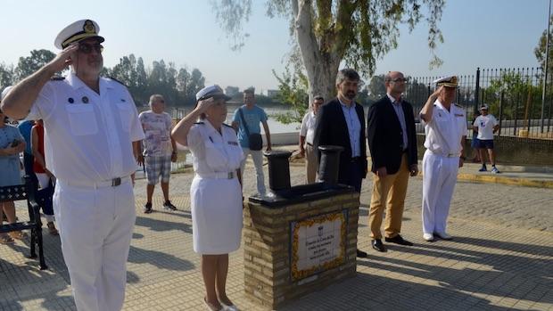El monumento representaba una bita marinera