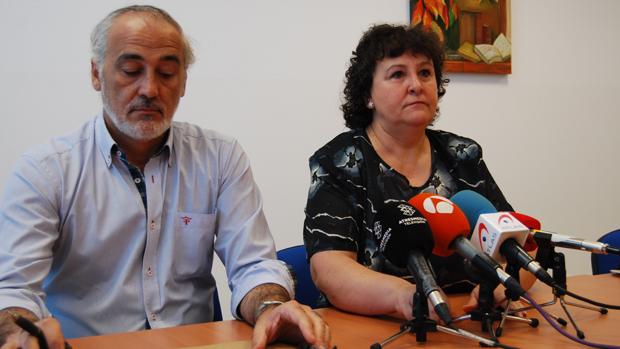 María Salmerón y su abogado Juan de Dios Ramírez