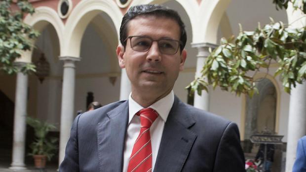 El alcalde de Granada, Francisco Cuenca, pretende tantear de nuevo esta posibilidad.