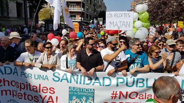 Jesús Candel, conocido como Spiriman, en la cabecera de la manifestación de este domingo
