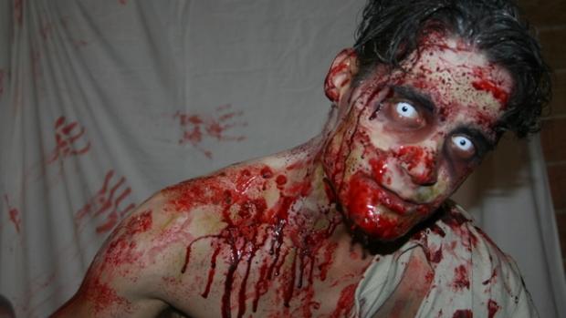 Los participantes que resulten infectados por el virus zombie serán caracterizados como muertos vivientes