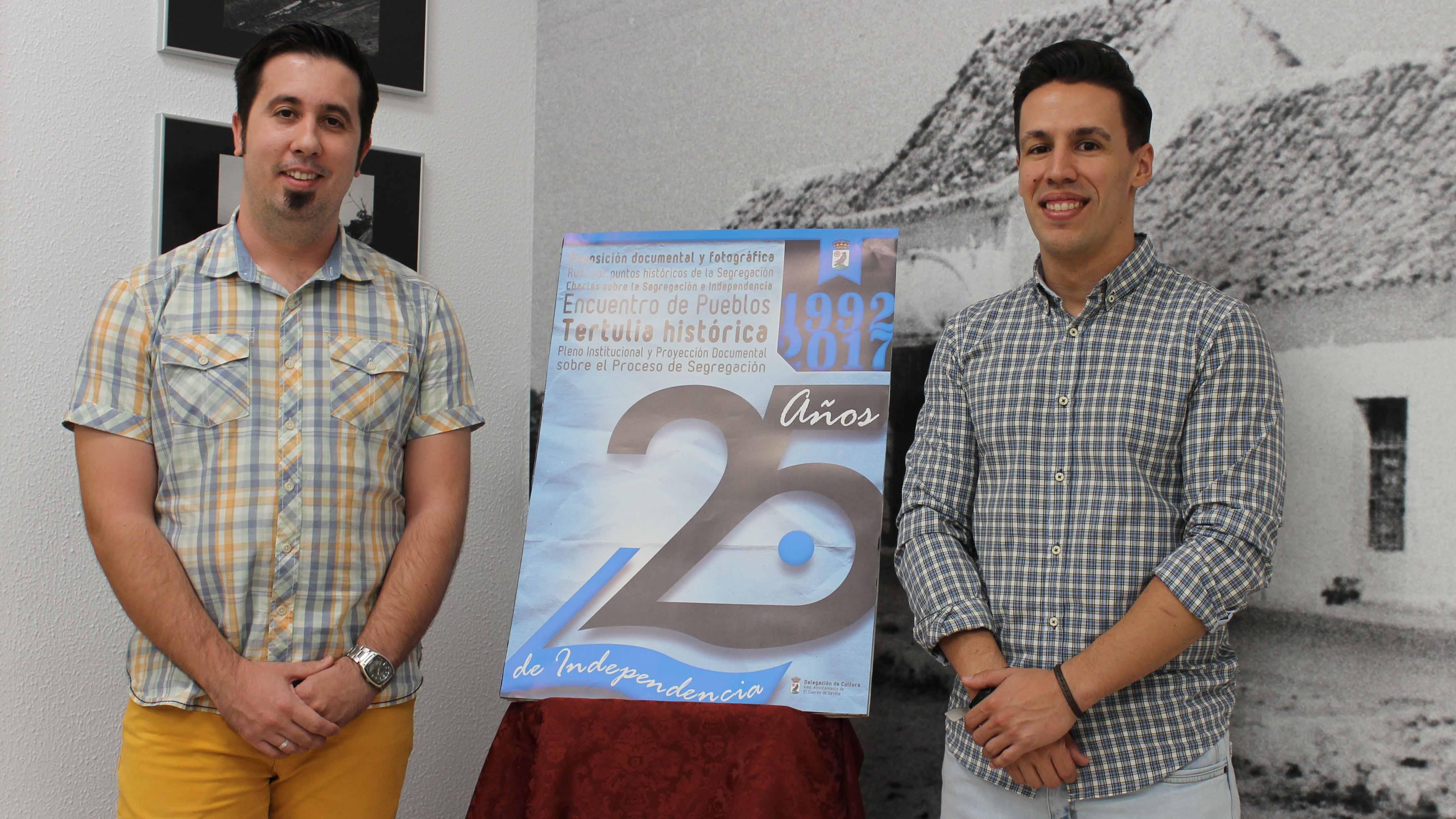 Antonio Amarillo y Jon Bejarano, durante la presentación del cartel del 25 aniversario de la independencia