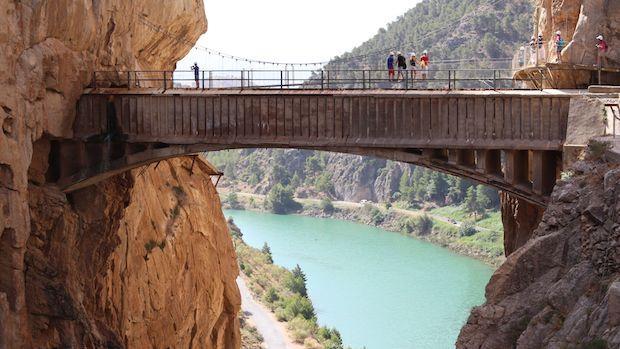 Vista de uno de los puentes del Caminito del Rey