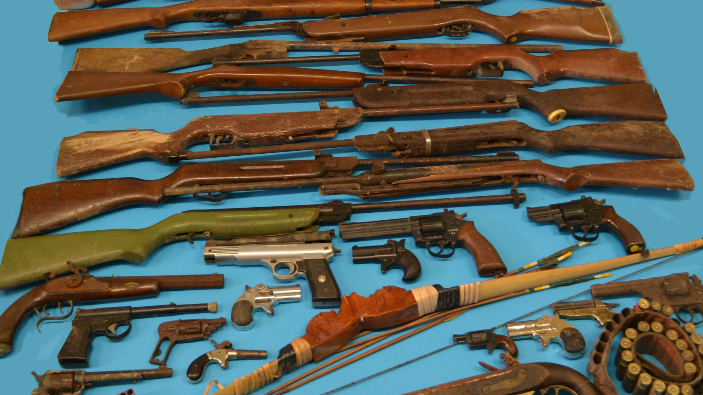 Armas encontradas en la vivienda de Linares