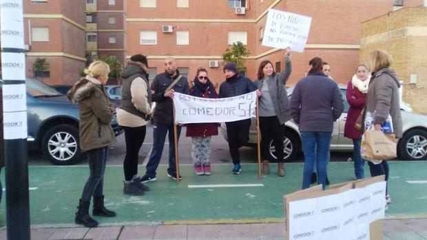 Las protestas han tenido lugar a las puertas del centro