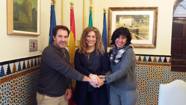 Acción contra el Hambre ha firmado un convenio con el Ayuntamiento para la puesta en marcha del proyecto