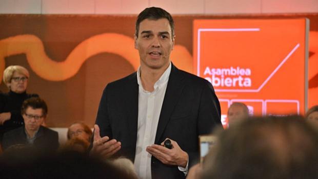 El secretario general del PSOE, Pedro Sánchez, este jueves en Granada
