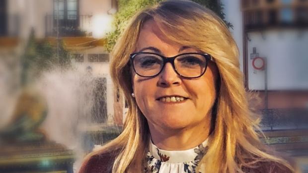 La presidenta del PP de Alcalá, Sandra González, denuncia la situación de la vivienda en Alcalá