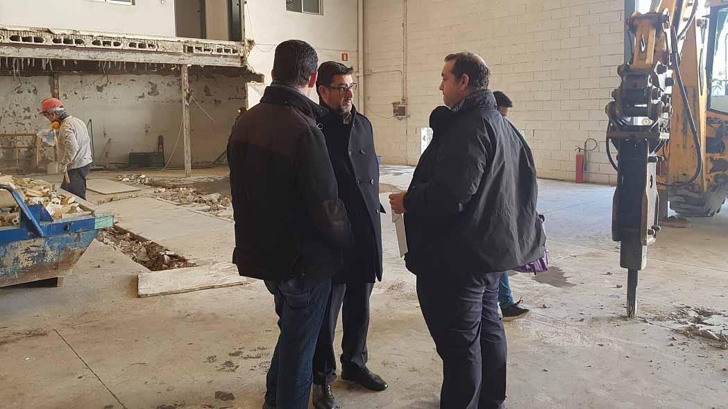 El alcalde y el delegado de Obras visitando los trabajos