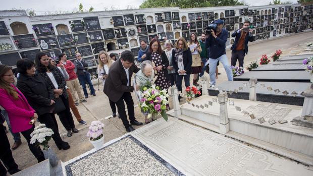Homenaje a la figura de William Martin en el Cementerio de la Soledad de Huelva