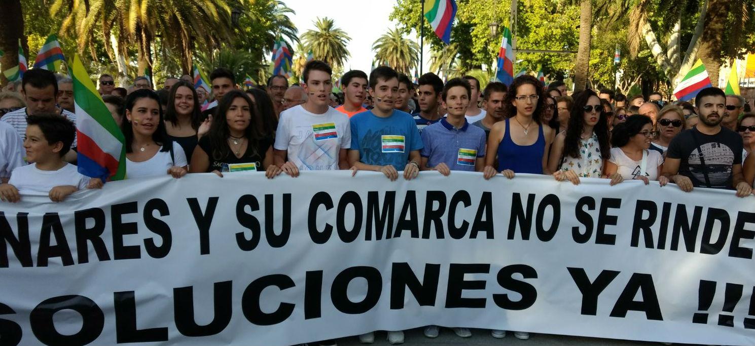 Cabeza de la manifestación de septiembre de 2017 que reivindicaba inversiones para Linares