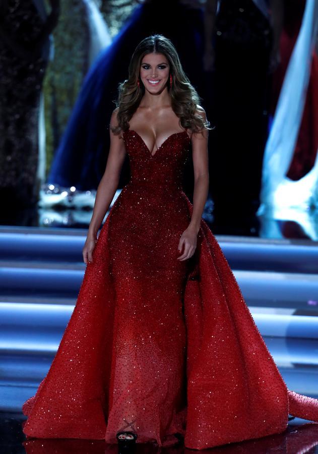 Iris Mittenaere, Miss Universo 2016