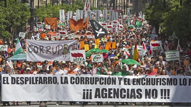 Resultado de imagen de funcionarios andalucia manifestaciones
