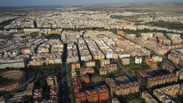 La renta media del centro es euros mayor que en el for Centro de salud ciudad jardin almeria