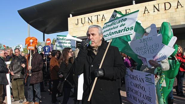 Manifestación de funcionarios en 2012 contra el enchufismo en la Junta de Andalucía
