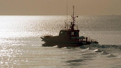 Los barcos de Salvamento Marítimo participaron en la búsqueda del helicóptero