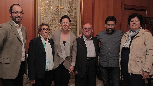 Isabel Díaz y José Gómez durante su visita al Ayuntamiento