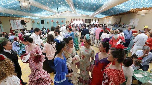 Saliste de feria en c rdoba busca aqu tu fotograf a for Feria de artesanias cordoba 2016