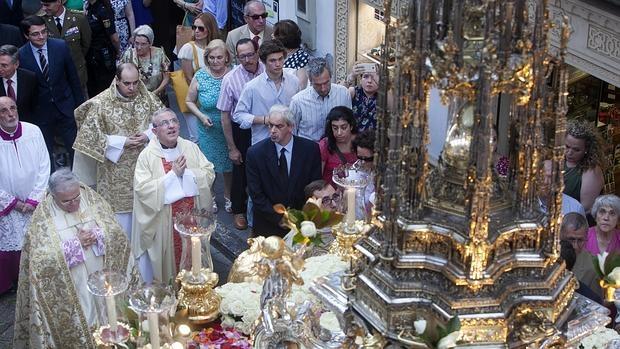 La Custodia de Arfe procesiona por la festividad del Corpus