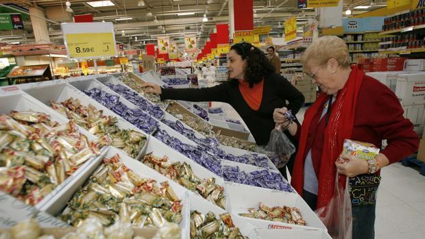 Interior del supermercado Eroski