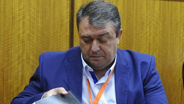 El ex delegado de empleo en Huelva, Eduardo Muñoz, procesado por el fraude en la formación