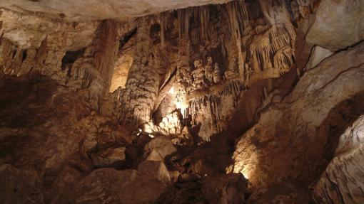 Interior de la Cueva de los Murciélagos